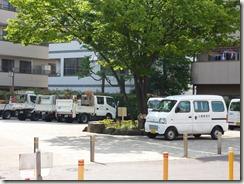 堀切菖蒲園整備中の区車両